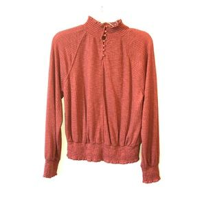 Free people sinched long sleeve!